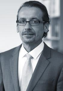 Oliver Scholl (Gesellschafter-Geschäftsführer)